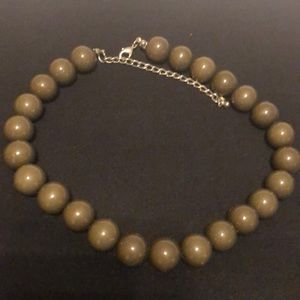 Jewelry - Olive green adjustable pearls
